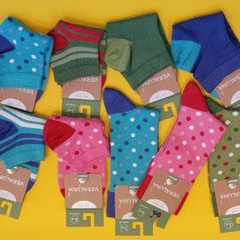 Bunte Socken aus Bio-Baumwolle