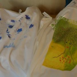 azadi-T-Shirts: schöne Muster und angenehm zu tragen